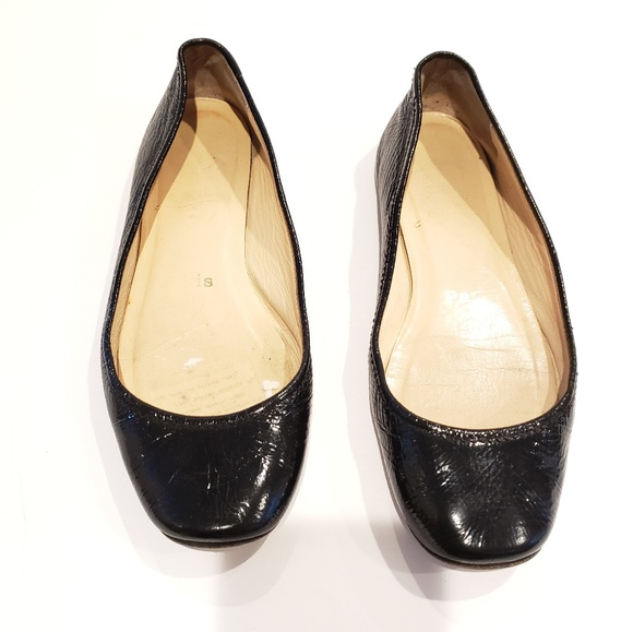 a66ce136551 christian louboutin flats size 35.5 well worn